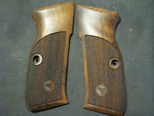 CZ-75 CZ-75B  Kadet CZ-85 Combat English Walnut Checkered Pistol Grips w/Logo