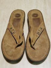 UGG KAMIKO Leather Thong Sandals flip flop Brown Women's Size 12 F60014A.Great