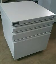 SCHIAVELLO MOBILE FILING STORAGE 3 DRAWER CABINET OFFICE UNDER DESK FURNITURE
