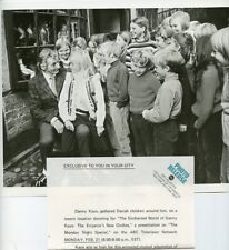 DANNY KAYE DANISH CHILDREN RANKIN BASS THE ENCHANTED WORLD 1972 ABC TV PHOTO