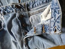 Silver Jeans Clothing Company Denim Blue Jeans Ladies Size 29/32 Very Distressed