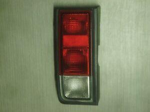 Hummer H2 Tail Light Left Tail Light Rear 21998861 GM