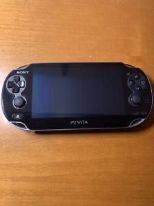 Sony PlayStation Vita 3G+Wi-Fi Console - Nera    Completa + 4 Giochi