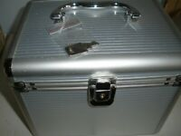 Hama Metal CD Storage/Flight Case with Dividers, Keys & Index Holds 120 CDs