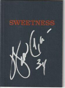 WALTER PAYTON (Chicago Bears) Signed SWEETNESS Booklet w/ Beckett LOA