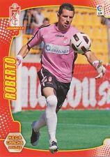 N°110 ROBERTO FERNANDEZ ALVARELLOS GRANADA.CF CARD PANINI MEGA CRACKS LIGA 2012
