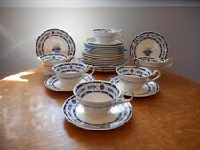 Wedgwood The Etruria creamware TWENTY-SEVEN pieces great starter set