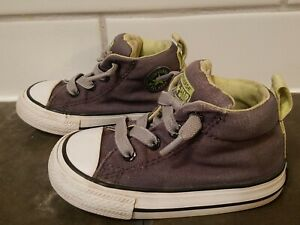 Toddler boys Converse Churck Taylor All Star lace up shoes size 5, gray