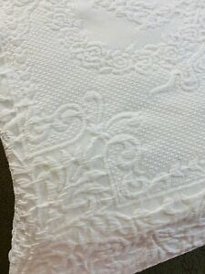 "OMG GORGEOUS Farmhouse White Vintage Matelasse Coverlet Bedspread 83"" x 93"" #826"