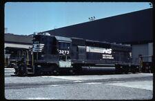 35mm slide NS Norfolk Southern Railway EMD SD40-2 Roanoke VA USA 1988 original
