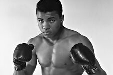 New 5x7 Photo: American Champion Boxer Muhammad Ali (AKA Cassius Clay)