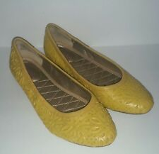 Me Too Alyse Women's 6.5 Mustard Leather Floral Cutouts Flats Embossed Textured