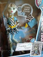 Monster high doll Frankie Stein Picture Day BNIB
