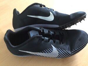 Spikes Nike 7,5 plus Spikestasche von adidas