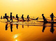 Filets de pêche Dawn Vietnam tirant SILHOUETTE JAUNE ART PRINT POSTER bmp1943a