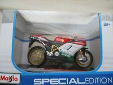 Moto Miniature Ducati 1198 S 1/18 Maisto in Box Showcase