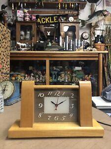 Vintage Lackner Neon Glo Clock - Mantel Desk - Squire Model In Working Order