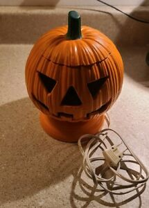 Vintage Light Up Pumpkin Jack-o'-lantern Ceramic Halloween Fall