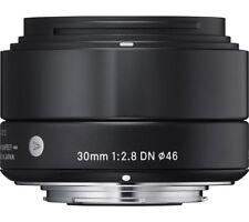 Micro Four Thirds Fixed/Prime Auto Camera Lenses