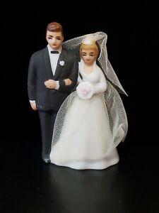 Vintage 1950-60s Porcelain WILTON Chicago Bride & Groom Blond w/ Vail & Gown