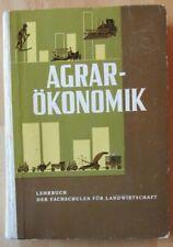 DDR Buch Agrar-Ökonomie LPG Traktoren Ställe Gebäude Fruchtfolge Futtermittel