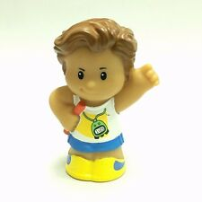 Fisher-Price Little People Runner Figure Toy Ea35