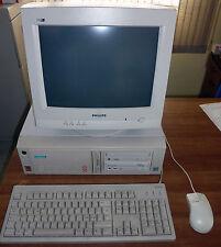 "PC Siemens Scenic 360, Pentium 3 450, geforce 2MX,  monitor 15"", tastiera, mouse"
