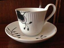 ROYAL COPENHAGEN  Mega Schwarz / Black Mega - Kaffeetasse mit Untertasse