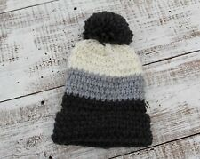 Madison 88 Women s White Gray Chunky Pom Pom Hat NEW One Size e7d51166f82f