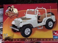 The Dukes Of Hazard Daisy Jeep CJ-7 Model 1:25 AMT 38371