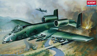 Academy Model kit 1/72 A-10A Thunderbolt