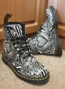GORGEOUS! Dr Martens 1460 EGRET Backhand Leather Boots Size UK 6.5