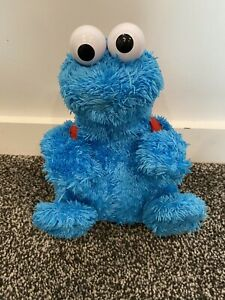 Sesame Street Interactive Cookie Monster Count 'n' Crunch Soft Toy With Cookies