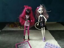 Monster High Catty Noir and Catrine Demew Scaremester dolls
