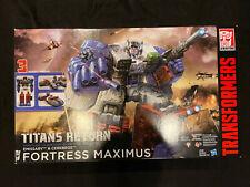 Transformers Titans Return Fortress Maximus Emissary & Cerebros Exclusive Figure