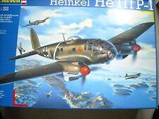 REVELL-1/32- #4696- HEINKEL  H3111-P-1