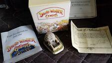 "1991 David Winter Cameos ""Welsh Pig Pen"" Miniature Figure / Sculpture"
