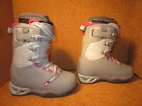 32 Thirty Two Womens Snowboard Boots The Vela Various Sizes