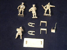 SGTS MESS BA18 1/72 Diecast WWII British Home Guard Command-Table+Chair+4 Figs.