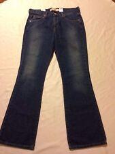 nwt Levi's #515 Nouveau boot cut blue Jeans women's 10M (waist 34 inseam 33 )