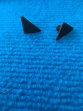 Ford Fiesta MK1/2/XR2 New Genuine Ford quarter window clips X2