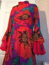 Vintage 1970s Psychedelic Statement Sleeve Dress 10 Stunning Peterson Maid Retro