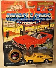 Johnny Lightning 1970 Super Bee Muscle Cars USA R1 S3 LE