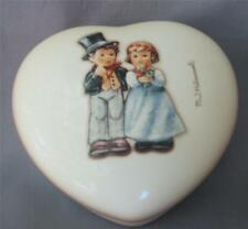 New ListingM I Hummel Goebel Dearly Beloved Lidded Porcelain Heart Ring Box 2152 Germany