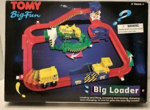 TOMY BIG FUN BIG LOADER CONSTRUCTION SITE 99% complete VGC (1998)