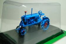 Universal 1 Tractor USSR Scale 1 43 Hachette Collections Diecast model