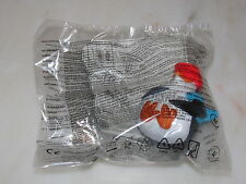 NEW SEALED MCDONALD'S HAPPY MEAL PENGUIN/The Penguins of Madagascar/DreamWorks