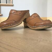 Bastad Troentorp VTG Tan Brown Leather Wood Swedish Clogs Shoes Size 37 7- 7.5