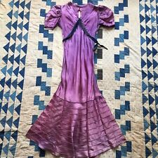 Vintage 1930s Purple Silk Taffeta Tiered Dress Mermaid Bias Ribbon Keyhole VTG