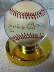 Mickey Mantle Autographed (not authenticated) Baseball  Rawlings NY Yankees